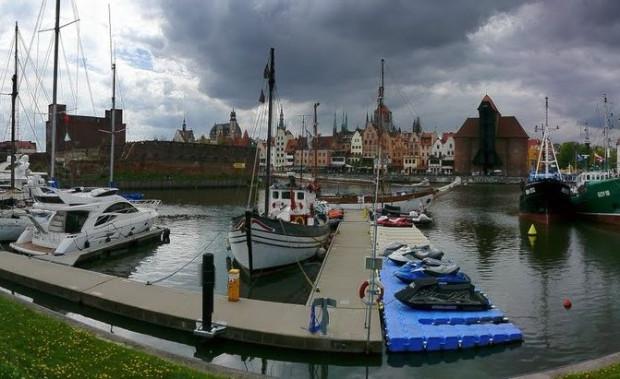 Pływacy będą rywalizować ze sobą na terenie gdańskiej mariny i Motławy.