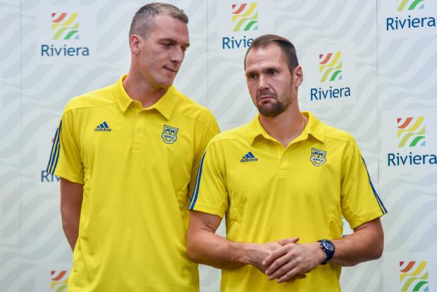 Jesienią w Arce Gdynia był sztywny podział. Pavels Steinbors (z prawej) bronił w Pucharze Polski, Konrad Jałocha (z lewej) w ekstraklasie. Czy ostatni tydzień w tej hierarchii coś zmienił?