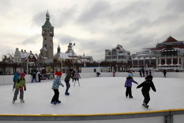 W Sopocie Nowy Rok powitać będzie można na łyżwach. Specjalne sylwestrowa sesja potrwa od godz. 22:45 do 0:30.