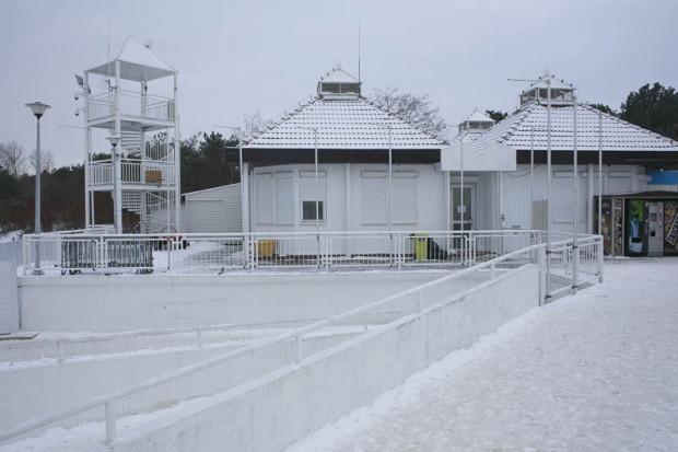 Istniejący wschodni pawilon, w którym mieści się WOPR.