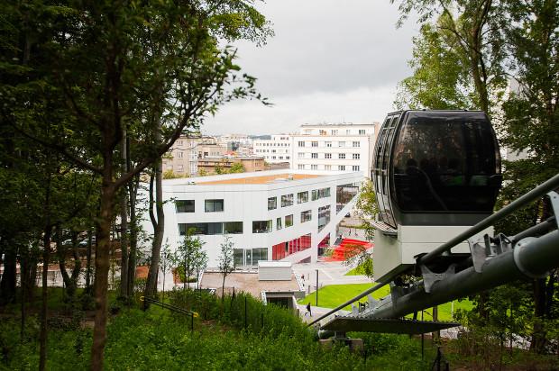 Sercem wielu imprez filmowych będzie Gdyńskie Centrum Filmowe. Tam swoje projekty realizują Pomorska Fundacja Filmowa i Stowarzyszenie Hamulec Bezpieczeństwa.