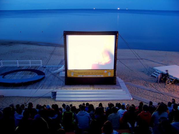 Kino pod chmurką sprawdziło się w Orłowie. W maju trafi do innych dzielnic Gdyni, m.in. Chyloni czy Karwin.