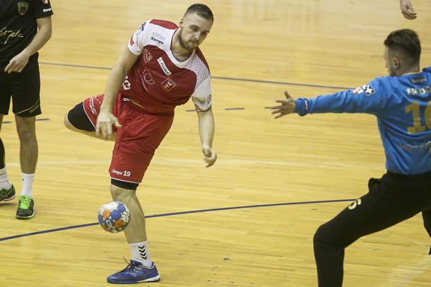 Łukasz Rogulski i jego koledzy ulegli w sparingi wicemistrzom Polski. W piątek mieli zagrać kolejny sparing, ale odwołali go ze względu na urazy w zespole.