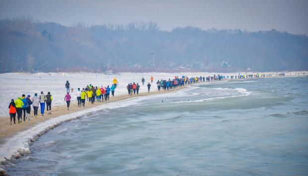 Sopocki bieg po plaży to jedna z alternatyw na pierwszy aktywny weekend lutego w Trójmieście.
