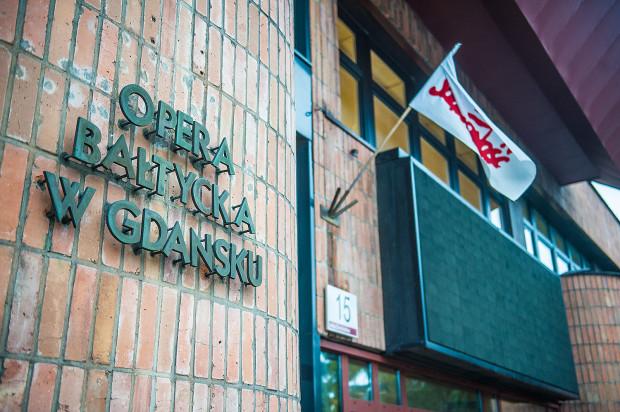 """NSZZ """"Solidarność"""" zapowiedział na 4 lutego strajk. Dyrekcja Opery odwołała więc sobotnią """"Traviatę""""."""