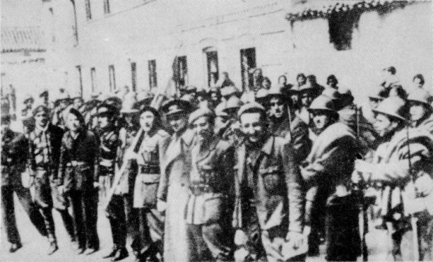 Dąbrowszczacy po bitwie pod Gudalajara.