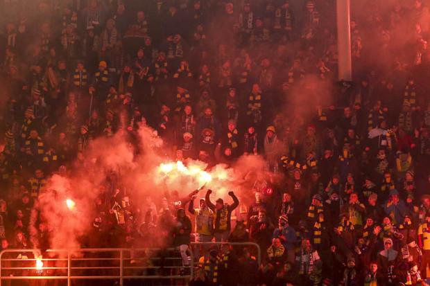 """Sektor """"Górka"""" podczas sobotniego meczu Arka - Legia."""