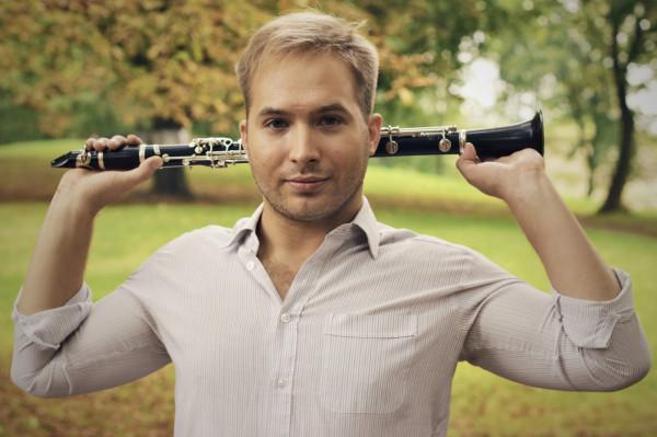 """Marszałek najhojniejszy był dla muzyków. Jednym z nich jest młody gdański kompozytor Beniamin Baczewski, który nagra i wyda płytę """"Fractus Sextet - Piosenki bez słów""""."""