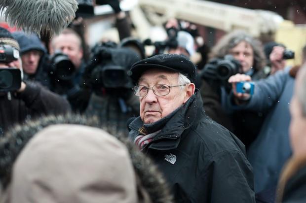 Andrzej Wajda w marcu 2016 roku został honorowym obywatelem Gdańska. We wrześniu pojawił się w Gdyni podczas Festiwalu Filmowego. Dwa tygodnie późnej mistrz polskiej kinematografii zmarł. Teraz jego dzieła wracają do Trójmiasta i Europejskiego Centrum Solidarności.