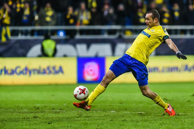Marcus w tym sezonie strzelił dla Arki 8 goli i zaliczył 3 asysty. Od trzech meczów wyprowadza gdyńskich piłkarzy do gry jako kapitan.