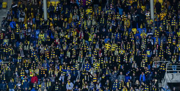 Mógł być rekord frekwencji Arki w sezonie, ale na trybunach Stadionu Miejskiego w piątek zasiądzie zapewne około 10 tys. kibiców.