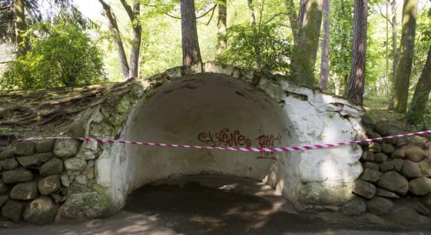 We wnętrzu grot pojawią się ławki, a cała konstrukcja zostanie gruntownie odnowiona.