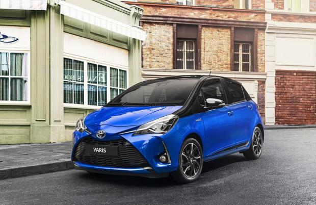 Toyota yaris trzeciej generacji doczekała się drugiej już kuracji odmładzającej.