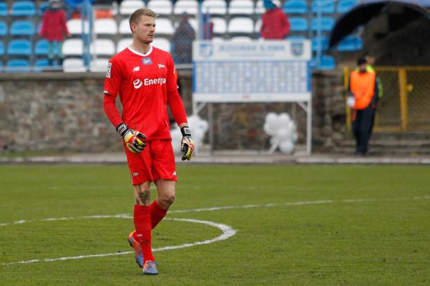 Lukas Raeder stawił się na testach w Lechii Gdańsk. W przeszłości był bramkarzem Bayernu Monachium, a z końcem sezonu rozstaje się z portugalską Vitorią Setubal.
