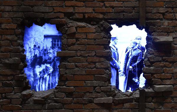 Na wystawie stałej muzeum jest część poświęcona Westerplatte, ale zdaniem wielu historia obrony Wojskowej Składnicy Tranzytowej powinna być bardziej wyeksponowana.