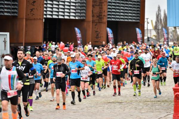 W 3. Gdańsk Maratonie wzięła udział rekordowa liczba niemal 3,4 tys. osób. To największa tego typu impreza w północnej Polsce.