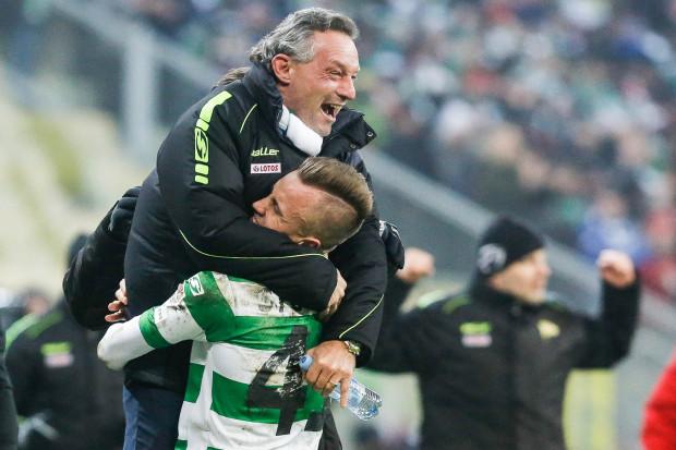 Dla Piotra Nowaka i Pawła Stolarskiego priorytetem jest radość po ostatnim meczu sezonu, ale i w Szczecinie spróbują skończyć z serią wyjazdowych spotkań bez zwycięstwa.