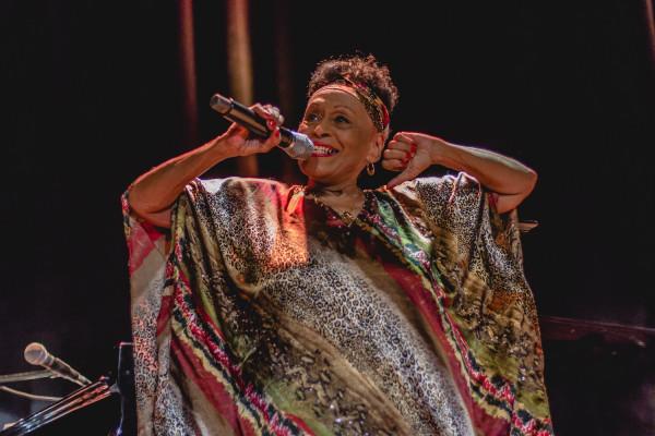 Występ Omary Portuondo był kluczowym punktem pierwszego dnia Siesta Festivalu.