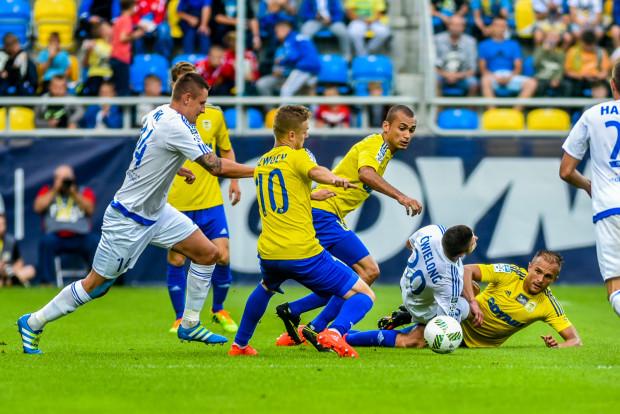 Z czterech drużyn, które jeszcze w tym sezonie przyjadą do Gdyni, piłkarze Arki pokonali u siebie tylko Ruch Chorzów (na zdjęciu).