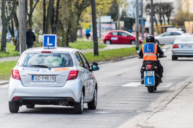Coraz częściej motocykliści zdają egzamin praktyczny na prawo jazdy za pierwszym razem.