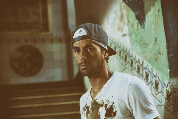 Enrique Iglesias zaśpiewa stare przeboje i nowe piosenki w Ergo Arenie.