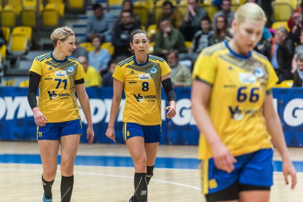Martyna Borysławska (nr 71), Monika Kobylińska (nr 8) oraz Joanna Szarawaga (nr 66) nie mogą być zadowolone z formy. Vistal szybko roztrwonił wydawałoby się bezpieczną przewagę nad wiceliderem tabeli.