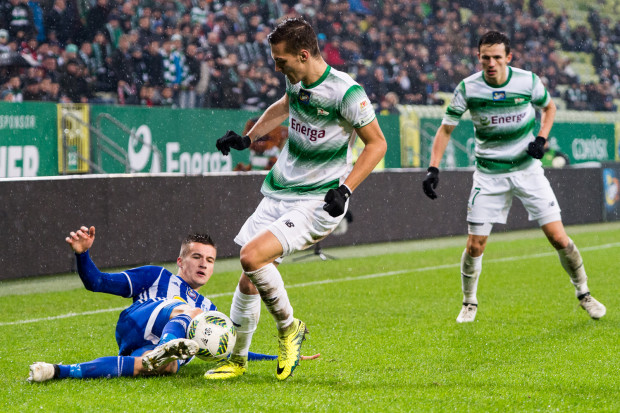 W dwóch ostatnich meczach Lukas Haraslin wychodził na boisko w podstawowej jedenastce Lechii. Czy zachowa to miejsce, gdy do gry po zawieszeniu wróci Sławomir Peszko?
