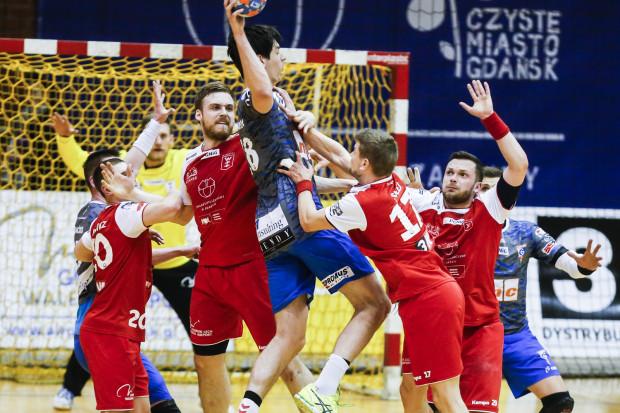 Zwycięzca poniedziałkowego meczu Górnik-Wybrzeże zagra o Puchar PGNiG Superligi. Przegrany zakończy sezon.
