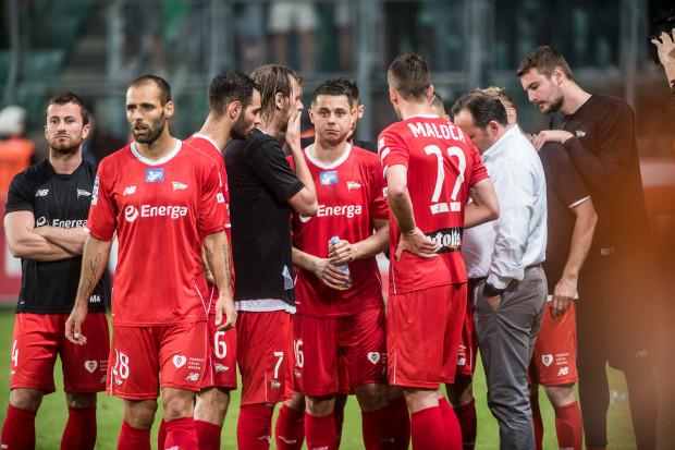 Niedowierzanie piłkarzy Lechii Gdańsk, że mimo braku porażki i straconego gola w fazie mistrzowskiej, zabrakło dla nich miejsca na podium.