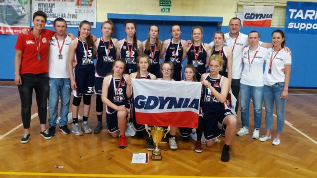 Srebrne medalistki mistrzostw Polski U-16.