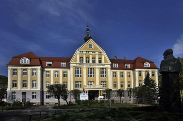 Gdański Uniwersytet Medyczny po raz kolejny został liderem wśród trójmiejskich uczelni wyższych, zajmując w rankingu Perspektyw 8. miejsce.