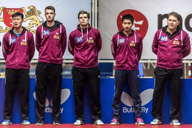 Wicemistrzowie Polski 2017 (od prawej): Piotr Szafranek (trener), Kaii Konishi, Mattias Oversjo, Patryk Zatówka, Wang Yang