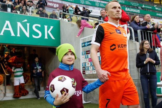 Krzysztof Janus ma wzmocnić w nowym sezonie skrzydła Arki.