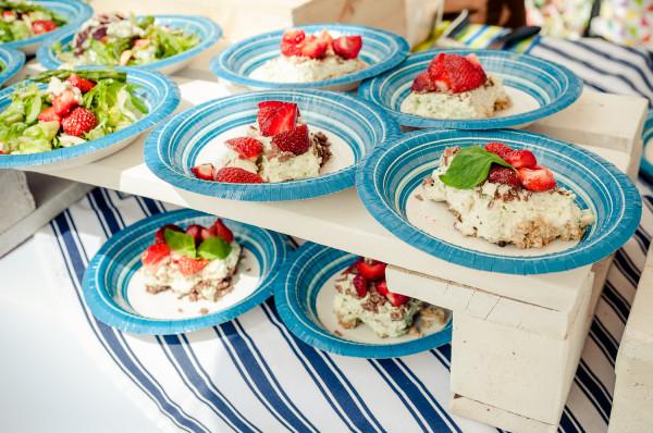 W daniach dominować mają lokalne produkty - m.in. kaszubska truskawka czy ryby bałtyckie.