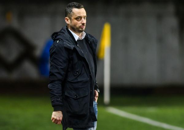 Po kolejnym nieudanym podejściu do II ligi w Bałtyku zdecydowali się na gruntowną przebudowę zespołu. Nową drużynę poprowadzi trener Sebastian Letniowski (na zdjęciu).