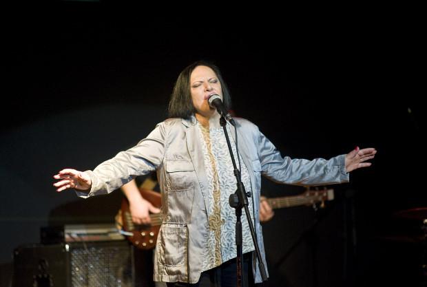 Grażyna Łobaszewska w piątek, podczas Świętojańskiego Bluesowania w Teatrze Letnim, będzie świętowała 40 lat pracy artystycznej.