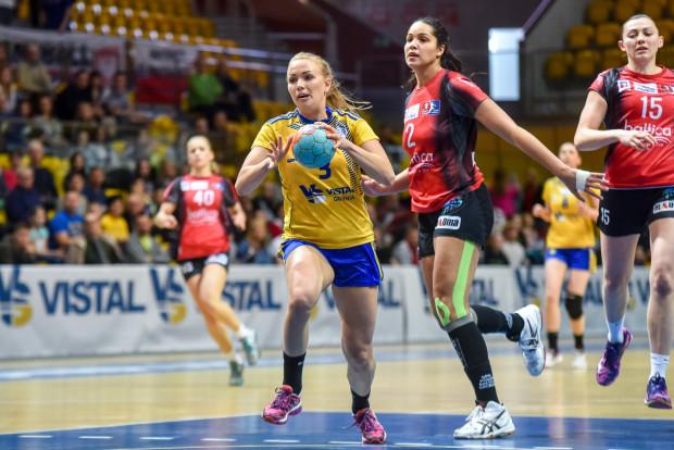 Katarzyna Janiszewska przygotowania do sezonu z Vistalem rozpocznie 7 lipca. Z gdyńska drużyną zagra w tym sezonie w Lidze Mistrzyń, a z reprezentacją Polski może pojechać na mistrzostwa świata.
