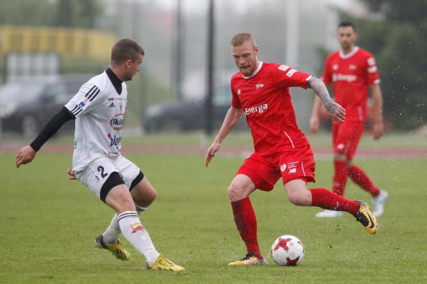 Mateusz Lewandowski pokazał w sparingach, że nie tylko potrafi bronić, ale też dobrze atakować.