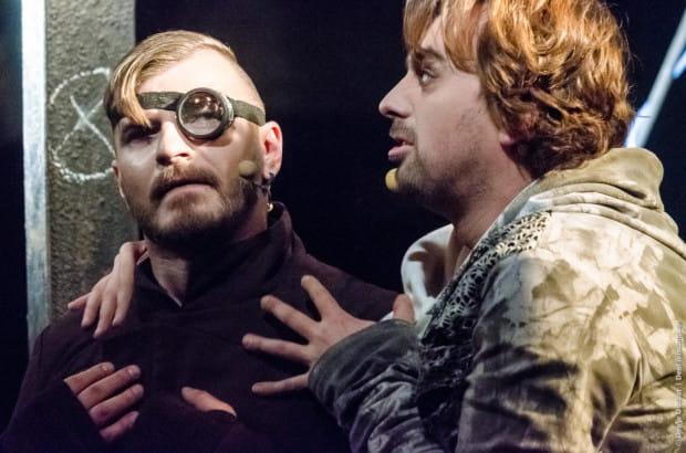 """""""Hamlet, Dramma Per Musica"""" to propozycja Teatru Muzyczno-Dramatycznego w Iwano-Frankiwsku w reż. Illii Razumeiko, którą w nurcie głównym obejrzymy 2 sierpnia."""