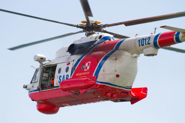 Ratowniczy Mi-14PŁ/R może zabrać na pokład 19 osób w pozycji siedzącej lub dziewięć leżących.
