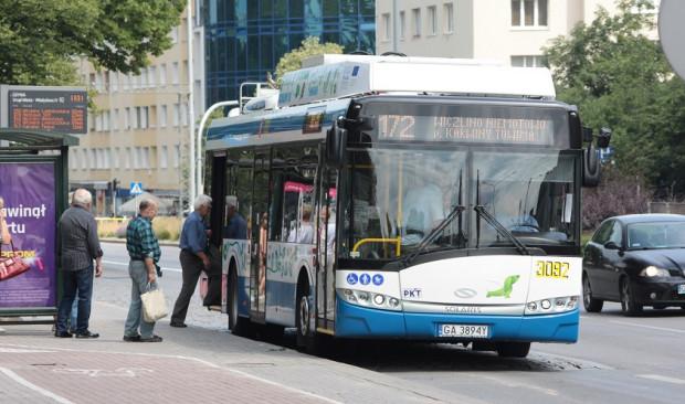 Najnowsze trolejbusy posiadają akumulatory, pozwalające pokonywać kilkukilometrowe trasy bez potrzeby korzystania z sieci zasilającej. Nz. jeden z czterech najnowszych pojazdów z 2016 r.