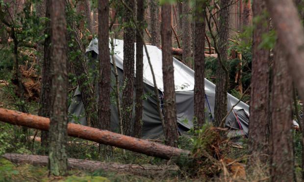 Tragiczne skutki burzy w miejscowości Suszek na południu województwa pomorskiego. W nawałnicy zginęły dwie dziewczynki -  harcerki.