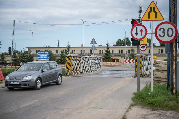 Most saperski nad Kanałem Raduni w ciągu ul. Starogardzkiej.