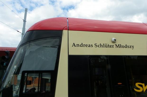 Andreas Schlüter jest patronem tramwaju Pesa Swing o numerze taborowym 1033