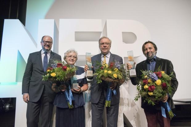 Nagrodzeni: Krzysztof Zanussi, Krzysztof Czyżewski oraz Wanda Lew-Kiedrowska, przyjaciółka Danuty Stenki, która w imieniu aktorki odebrała nagrodę.