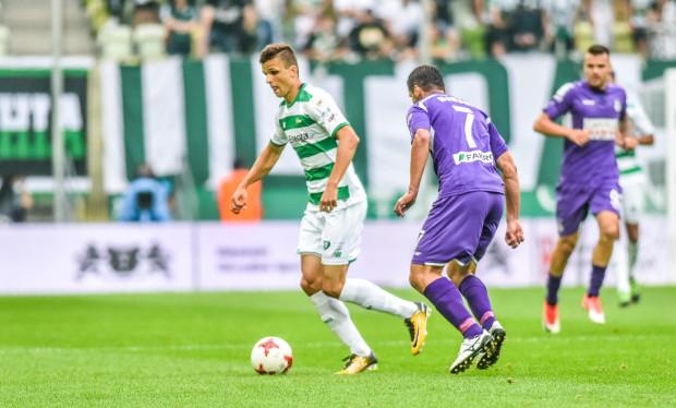 Pierwszy mecz w wyjściowym składzie Lechii przyniósł Patrykowi Lipskiemu dwie asysty. Pomocnik dowiódł, że nie zamierza tracić czasu na rozpęd w nowym klubie.