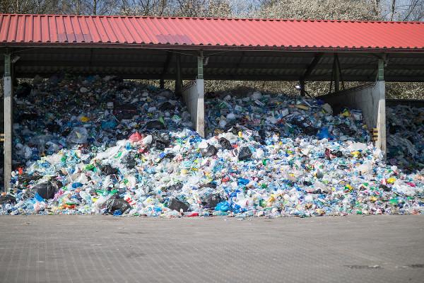Do przyszłej spalarni mają trafiać odpady wysokoenergetyczne, czyli głównie plastik.