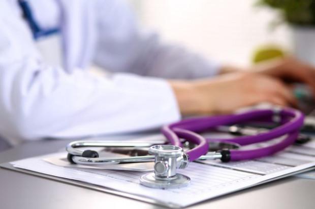 Czy wyznanie powinno mieć znaczenie w momencie przyjmowania na oddział szpitala? Jak przekonują lekarze, przede wszystkim liczy się szybkość i sprawność udzielenia pomocy pacjentowi.