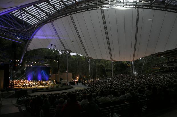 Polska Filharmonia Kameralna Sopot zaprasza we wrześniu na tradycyjny koncert dla mieszkańców, którego program wypełni muzyka patriotyczna.