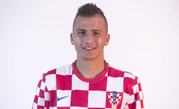 Mato Milos trafił do Benfiki tego lata za 400 tys. euro. Klub z Lizbony zdecydował jednak, że pierwszy sezon Chorwat spędzie na wypożyczeniu do Lechii.